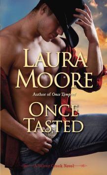 Laura Moore 3